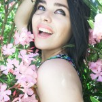 Entre las flores 3